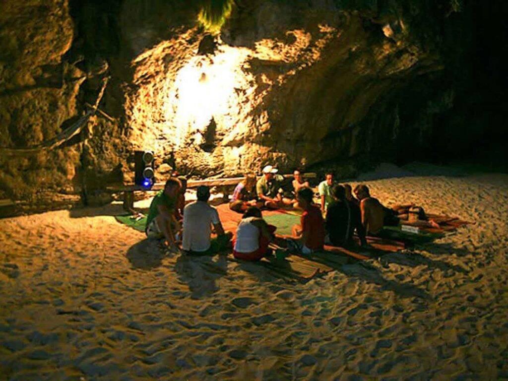Maya Bay Sleep Aboard - lual na prainha