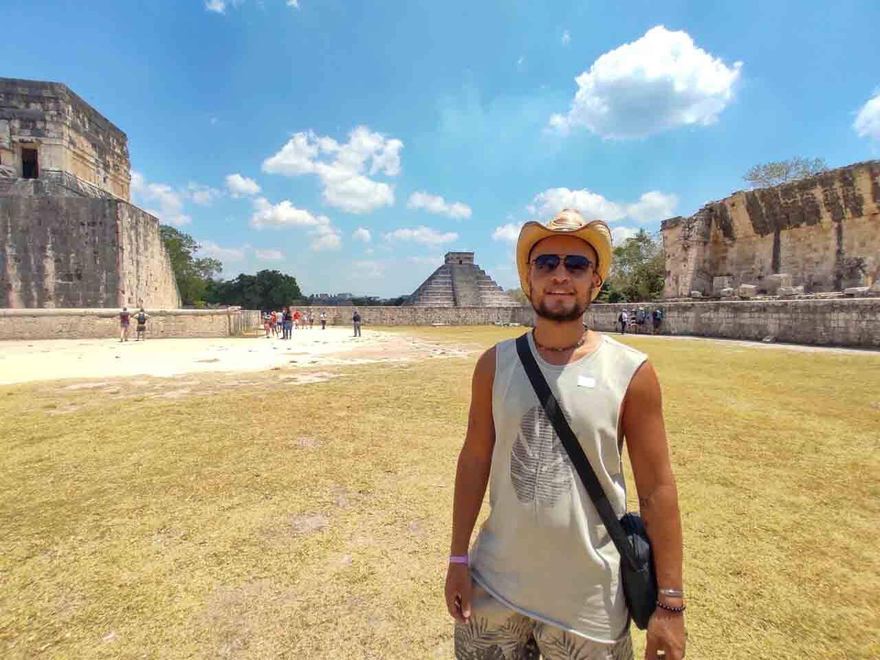 Will curtindo sua viagem com o Pacote Hurb Cancun no México.