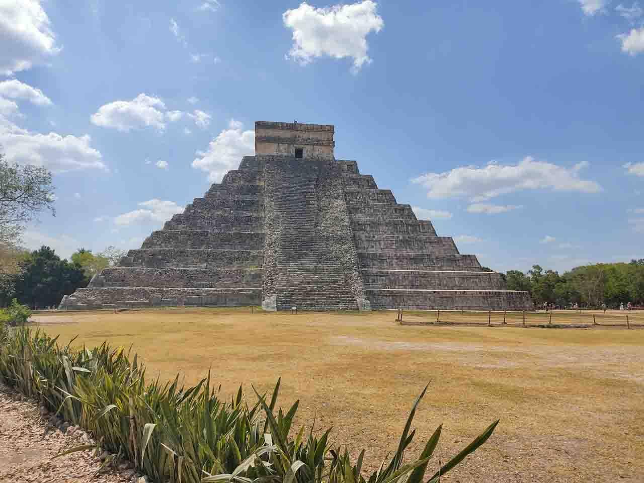 Pirâmide Chichen Itzá no México.