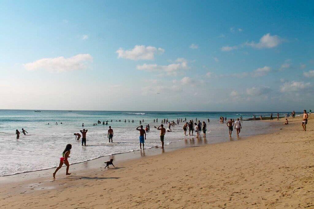 Dreamland beach, uma praia mais tranquila e para famílias com os filhos em Bali, Indonésia - Viagem para Indonésia com crianças