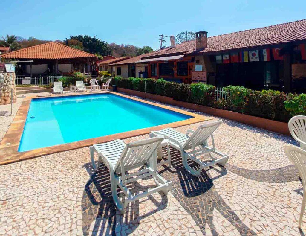 Piscina do HI Hostel Bonito - um lugar para se hospedar e ficar em Bonito