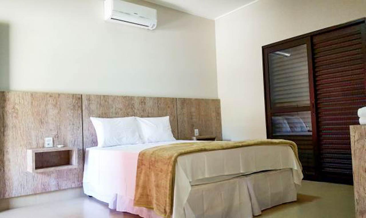 Quarto do Escarpas Resort: hotel em Capitólio